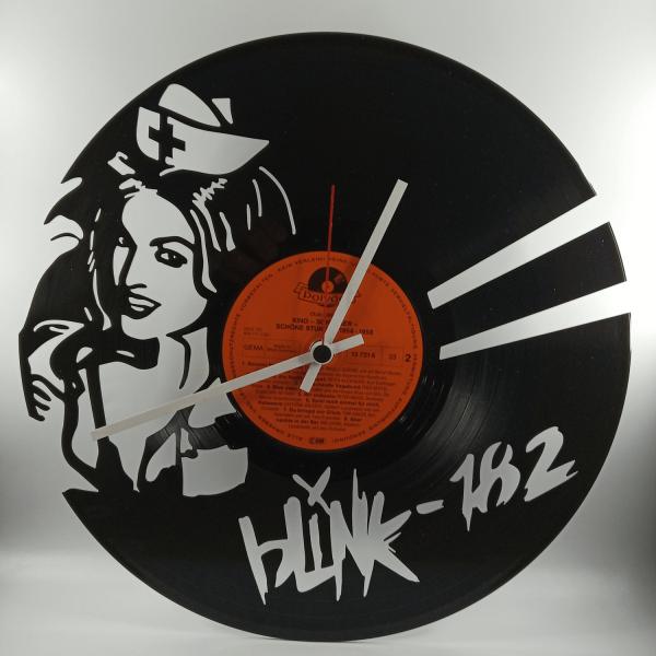 Hodiny z platne - Blink 182