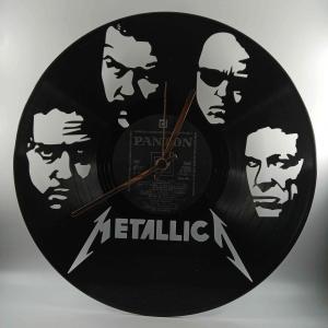 Hodiny z platne Metallica