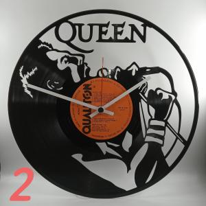 Hodiny z platne queen 2