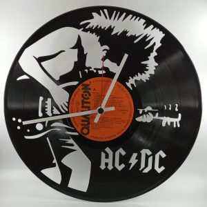 Hodiny AC-DC