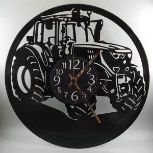 hodiny Traktor