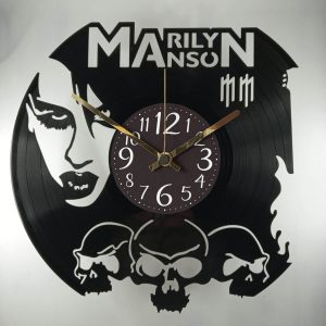 hodiny manson
